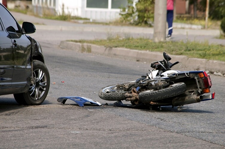 Why Is A Lawyer Indispensable When You Experience A Traffic Accident?